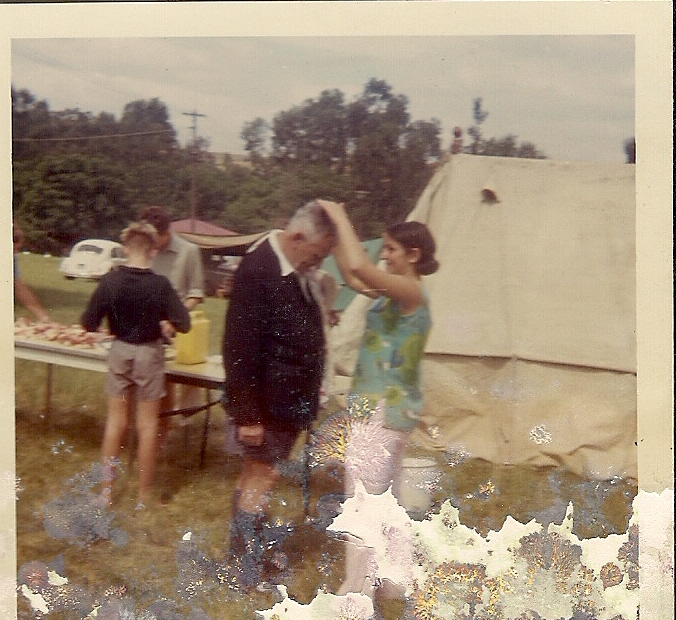april-1968-ann-coming-mr-dominees-hair-school-trip-to-kruger