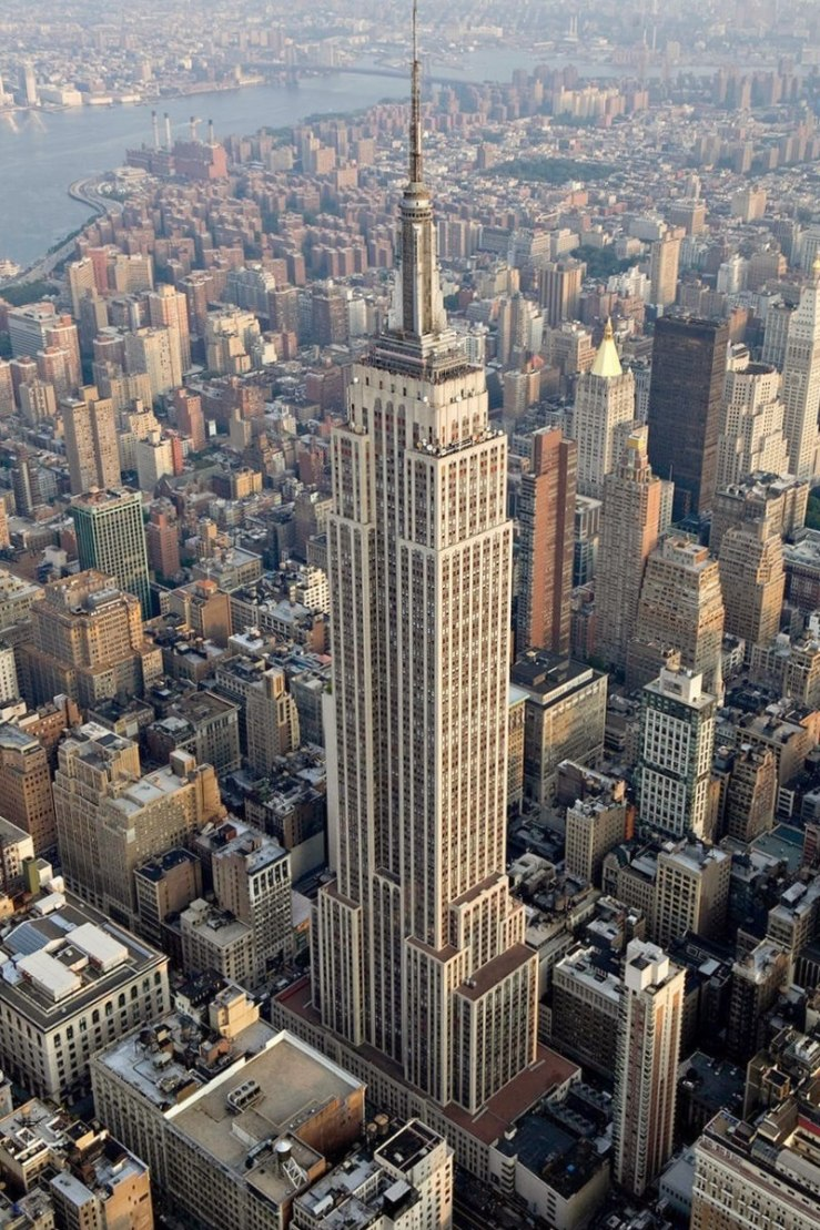 800px-Empire_State_Building_(aerial_view)