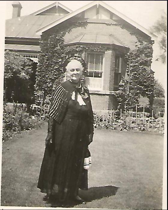 Granny Bland 9 Stuart St HS.JPG