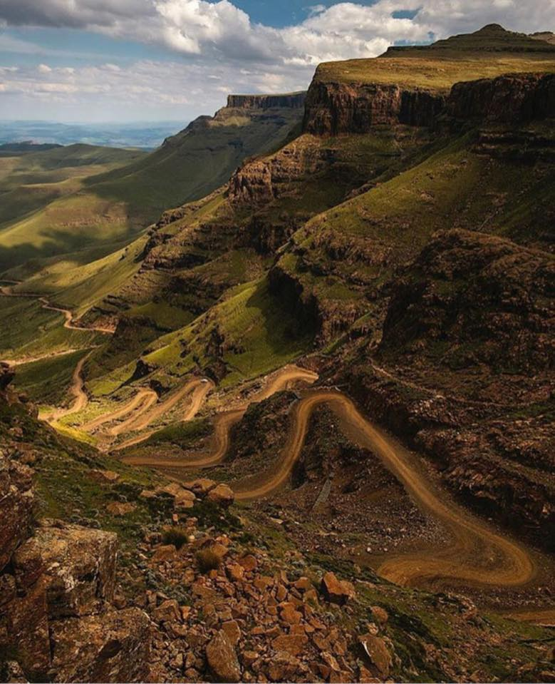 Up Sani Pass in Redfoot