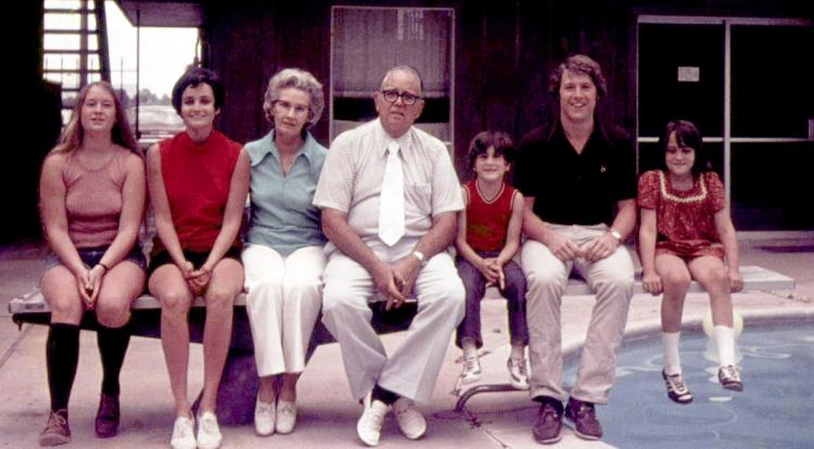 Ginny, Katie, Mama Hays, Jimmy, Papa Hays, Larry, Mary-Kate in Shreveport LA