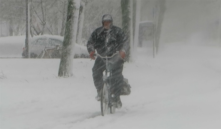 bicycle in snow